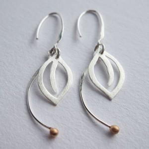 ODS-HD002_earring single leaf_1